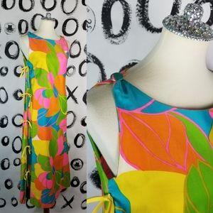 Vintage 60s Mod Hawaiian Dress Malia Hawaii